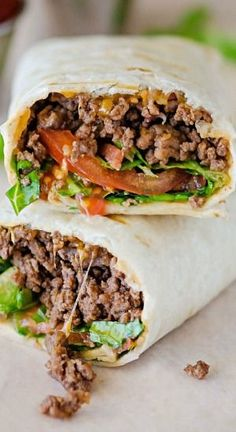 These Bacon Cheeseburger Wraps are nothing short of total ease and deliciousness. All the components of a bacon cheeseburger wrapped up in a flour tortilla. Gro