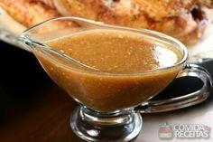 Molho para carne assada ou grelhada, em Molhos e Cremes, ingredientes: 2 dentes de alho picados, 2 colheres (chá) de sal, 1 colher (sopa) de vinagre, 1 colher (chá) de café solúvel, 3 xícaras (chá) de água, 1 colher (sopa) de farinha de trigo, 1 colher (sobremesa) de azeite, 2 colheres (sopa) de açúcar, 1 cebola média picada, 1 colher (sopa) de cebolinha picada...
