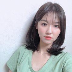 이미지: 사람 1명, 근접 촬영 Medium Hair Cuts, Medium Hair Styles, Curly Hair Styles, Asian Short Hair, Asian Hair, Jung So Min, Shot Hair Styles, Lob Hairstyle, How To Draw Hair