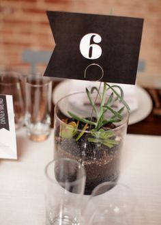 centerpiece idea Centerpieces, Table Decorations, Modern Table, Table Numbers, Wedding Things, Wedding Table, Home Decor, Meet, Wedding Table Numbers