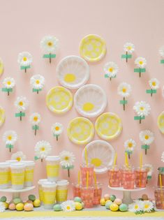 Paper plates double as pretty decor for an Easter Brunch!