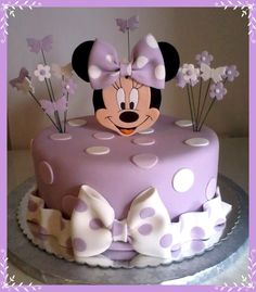 Minnie Mouse--This should be Ellie's next birthday cake. :o) - Geburtstag - Minnie Mouse–This should be Ellie's next birthday cake. :o) – Geburtstag – Minnie Mini Mouse Birthday Cake, Baby First Birthday Cake, Pink Birthday Cakes, Birthday Cookies, Mickey Birthday, Birthday Kids, Cake Baby, Bolo Do Mickey Mouse, Bolo Minnie