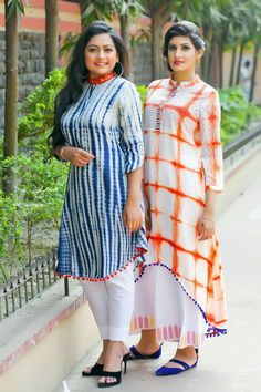 Kurti Neck Designs, Kurta Designs Women, Dress Neck Designs, Blouse Designs, Latest Kurti Designs, Kurta Patterns, Fancy Kurti, Kurti Styles, Pakistani Dress Design