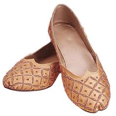 should i have to wear flats, these are the ones! - Divit Toed Ladies Medieval Shoes