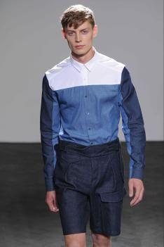 #Wooyoungmi #boy #denimblock #tonsurton #blues #shirt #white #short Men's Underwear, Denim Shirt Style, Men's Wardrobe, Trends, Comfy Casual, Mens Fashion, Fashion 2017, Blue Denim, Rain Jacket