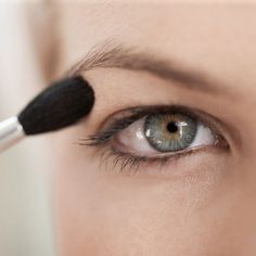 Make-up tricks every person with hooded eyes needs to know