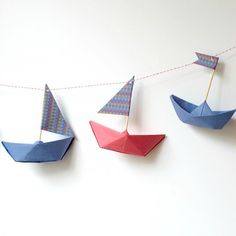 Ahoy! Planning a nautical bash? Try this easy (and fast!) sailboat origami garland.