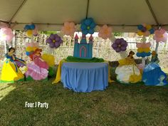Princess decoration under tent 20 x 20 .Indoor party rental. www.fourjparty.com www.fourjeventsclub.com  #fourjeventsclub #fourjparty #miami #decoration #tent #party #babyshower #birthday