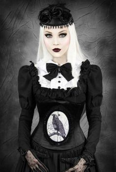 Restyle-Korsett-Odin-Rabe-Gothic-Lolita-Raven-Victorian-Steelboned-Corset-CR2NEU