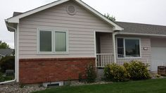 West End Duplex 4 Bedrooms 2 Bath - Billings MT Rentals   4 bedroom 2 bathroom west end duplex! Single attached garage with off street parking available. Private back patio with a huge fenced yard. Small dogs negotiable with higher deposit and extra rent per month! Tenant is responsible for all utilities. ...   Pets: Small Dog - No Cats   Rent: $1400.00 per month   Call Metro Property Management at 406-655-4244