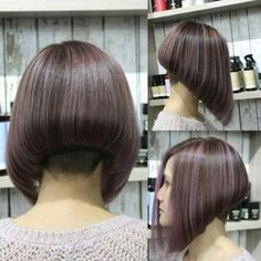 Copper Layered Bob with Bangs - 50 Classy Short Bob Haircuts and Hairstyles with Bangs - The Trending Hairstyle Shaggy Bob Haircut, Angled Bob Haircuts, Best Bob Haircuts, Inverted Bob Hairstyles, Hairstyles With Bangs, Shaved Bob, Shaved Nape, Blond Rose, Short Hair Cuts