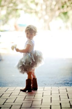 flower girl in cowboy boots #wedding #barn