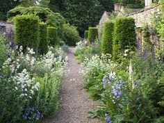 .Formal and informal garden elements together