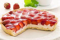Ricotta and Strawberry Tart Sweet Pie, Sweet Tarts, Tortas Light, Cheesecake Tarts, Kids Cooking Recipes, Good Food, Yummy Food, Strawberry Tart, Strawberry Shortcake