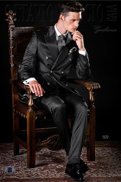 Italian bespoke black pinstripes double breasted suit with wide peak lapels, 6 mother of pearl buttons and double vent. Gentleman Mode, Gentleman Style, Sharp Dressed Man, Well Dressed Men, Suit Fashion, Mens Fashion, Large Men Fashion, Pinstripe Suit, Formal Suits