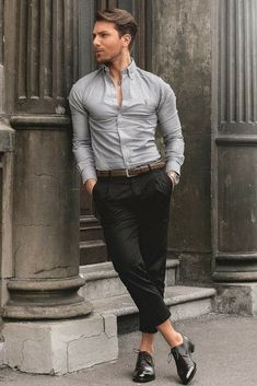 Mens Dress Shirts How To Shop & Everything You Need To Know - Mens Shirts Casual - Ideas of Mens Shirts Casual - Mens dress shirt outfit ideas Formal Men Outfit, Formal Dresses For Men, Casual Wear, Casual Shirt, 80s Fashion Men, Mens Fashion Suits, Men's Fashion, Terno Casual, Men With Street Style