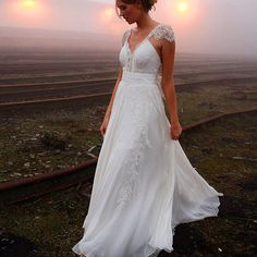 Find More Wedding Dresses Information about 2016 vestidos de noiva 2015 Beach bohemian Lace Sweetheart Wedding Dress Sexy Bridal Gown Custom Size Cap Sleeves,High Quality cap cord,China gowns robes Suppliers, Cheap cap sleeve wedding gown from Ayaya Dress Shop on Aliexpress.com