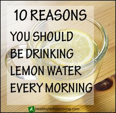 I loooooove lemon water!---If you aren't drinking warm lemon water every morning you are missing the boat. Check out the 10 reasons you should drink lemon water in the mornings Healthy Drinks, Healthy Tips, Healthy Choices, How To Stay Healthy, Fun Drinks, Healthy Habits, Drinking Warm Lemon Water, Lemon Water In The Morning, Health Diet