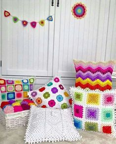 Crochet Pillow Cases, Crochet Cushion Cover, Crochet Pillow Pattern, Crochet Cushions, Crochet Diagram, Crochet Patterns, Crochet Home, Love Crochet, Crochet Granny