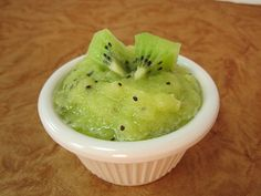 Kiwi applesauce: kiwi, Fuji apple, lemon juice in a food processor. Great for the kiddos.