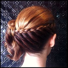 The Blow Dry Bar Sans Souci #salon does a gorgeous #updo! Book online for your own at http://bit.ly/WFb4jJ #blowdrybar