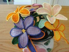 Fiori a uncinetto: modelli e schemi - Vaso di fiori all'uncinetto