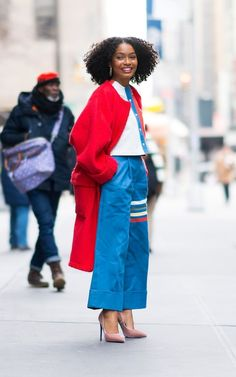 Crayon-bright hues in the depths of winter might, at first consideration, seem misplaced. Workwear Fashion, Fall Fashion Outfits, Mom Outfits, Love Fashion, Winter Fashion, Winter Outfits, Fashion Dresses, Summer Dress, Outfit Trends