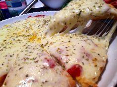 Pizza casera http://recetasargentinas.net/tag/pizzas-y-empanadas/
