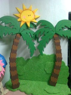 Palm Tree - (Cut out the bottoms of brown paper lunch bags, Deco Jungle, Jungle Party, Jungle Decorations, School Decorations, Palm Tree Decorations, Safari Theme, Jungle Theme, Diy And Crafts, Crafts For Kids