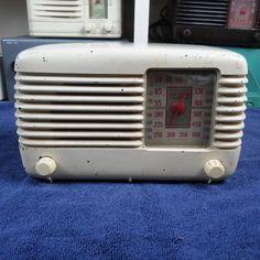 Vintage Philco Tube Radio Model 46-200 #Philco