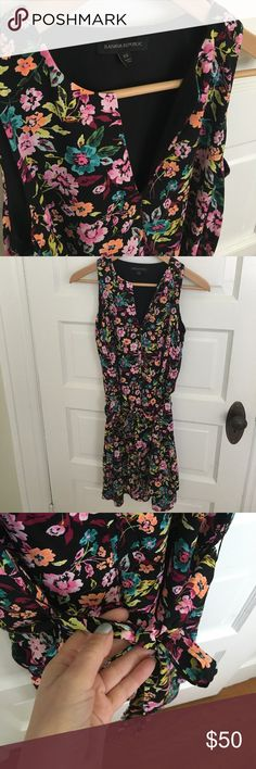 Floral dress Banana Republic flora print tiered dress. Tie at waist to personalize an otherwise loose fit. Worn once. XS. Perfect condition and great for all things spring! Banana Republic Dresses