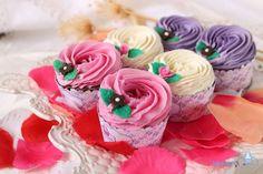 LOS JABONES CUPCAKES EN LA BODA DE DELIA Y JESÚS Cupcake Soap, Luxury Soap, Soap Packaging, Soap Recipes, Soap Molds, Soap Making, Cupcakes, Bath And Body, Bubbles
