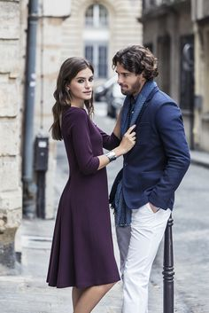 When it comes to Parisian dressing, the simpler the better. Dress Like A Parisian, Business Wear, French Style, Dressing, Things To Come, How To Wear, Men, Tops, Fashion