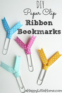If you need some bookmarks for your books or journals, this quick craft project will be perfect! These DIY paper clip ribbon bookmarks add an adorable accent while marking your page. Pictures of each step will walk you though how to make paper clip ribbon Paperclip Crafts, Paperclip Bookmarks, Ribbon Bookmarks, Paper Bookmarks, Ribbon Crafts, Paper Crafts, Ribbon Projects, Ribbon Diy, Paper Ribbon