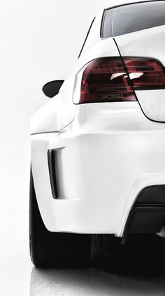 Rear left bumper of a BMW M3 http://instantcashflowsystem.com