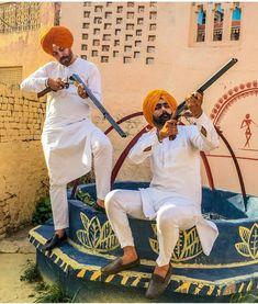 👑Jot.. Kurta Pajama Men, Punjabi Fashion, Boys Dpz, Male Poses, Thug Life, Pajamas, Mens Fashion, Men's Style, Gun