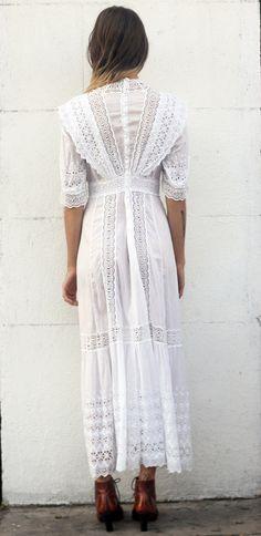 Vintage White Victorian Dress by TavinShop on Etsy