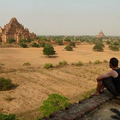 It's impossible not to fall in love with new places while out #geocaching. Geocacher 'Heiwender' at his geocache GC3FH35 in #Mayanmar. #daydreaming #wanderlust #exploremore #bagan