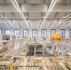 This council library is located in the main room of the warehouse Can Manyer, which is an old textile plant from the nineteenth century. Fabre, Basketball Court, Architecture, Room, Bookstores, Barcelona, Large Sheds, Architects, Interiors