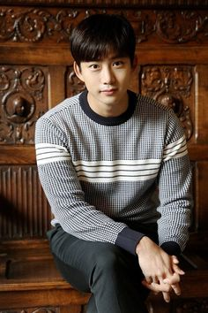 2PM's Taecyeon talks about his new film 'House of the Disappeared' and role model JYP | allkpop.com