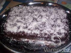 Výborná, opravdu vláčná kefírová buchta, která neurazí ani v podobě dortu na…