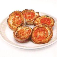 Mini bacon and egg cups