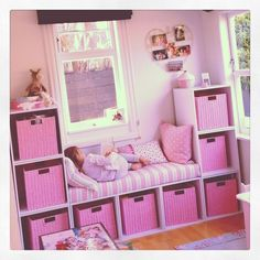 58 Genius Toy Storage Ideas & Organization Hacks for Your Kids' Room - Page 2 of 2 Can't stand toys and books everywhere in your house? Try these 34 toy storage ideas & kids room organization hacks to transform your kids' messy room. Teenage Girl Bedrooms, Little Girl Rooms, Kids Bedroom Ideas For Girls Toddler, Rooms For Kids, Girl Kids Room, Small Kids Playrooms, Toddler Rooms, Little Girls Playroom, Small Childrens Bedroom Ideas