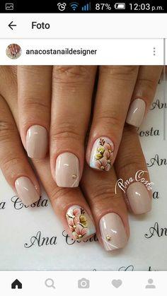 Tan Nails, Edgy Nails, Trendy Nails, Cute Nails, Glitter Nail Art, Toe Nail Art, Cute Nail Art Designs, Pretty Nail Art, Flower Nail Art