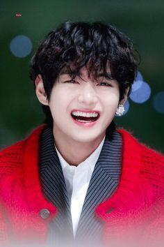 V Taehyung, Taehyung Smile, Taehyung Fanart, Kim Taehyung Funny, Cute Baby Smile, V Smile, Foto Bts, Bts Photo, Bts Bangtan Boy