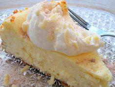 Otra delicia, donde la ricota o queso crema toma un papel protagónico en esta torta de una manera distinta a las habituales.