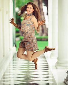 Offbeat Mehendi Outfits Spotted On Real Brides Best Wedding Planner, Budget Wedding, Wedding Ideas, Wedding Planners, Wedding Decorations, Mehendi, Latest Bridal Lehenga Designs, Indian Wedding Poses, Indian Bridal