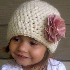 Hay crochet ivory