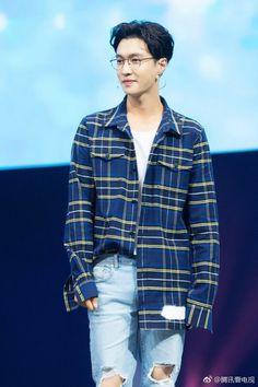 Read 🦄Zhang Yixing🦄 from the story Fotos de EXO by OhYoonSoo (KangYoonSoo) with 271 reads. Baekhyun Chanyeol, Yixing Exo, Kpop Exo, Kris Wu, Exo Ot12, Chanbaek, Shinee, 5 Years With Exo, Star Academy