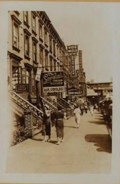Yorkville – Memories of 86th Street in Pictures – No 01 ______________________________________ greendougherty Return to: Yorkville's Avenues and Streets Index greendougherty – Main In…